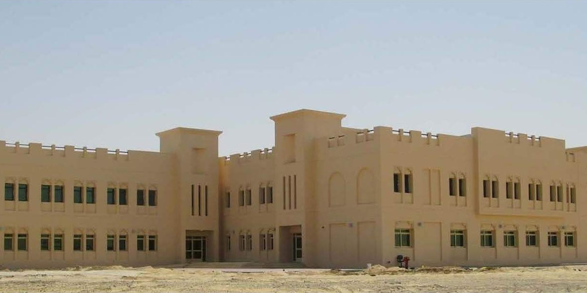 Photo Shot of building in sand