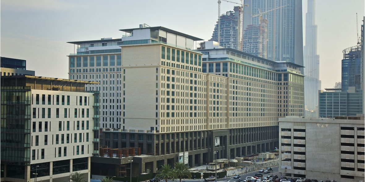 Ritz Carlton & Apartment Building , Dubai International Financial Centre